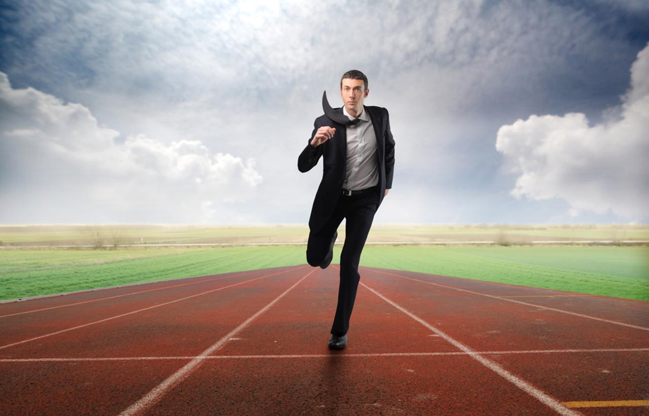 Sviluppa un vantaggio competitivo o non competere affatto